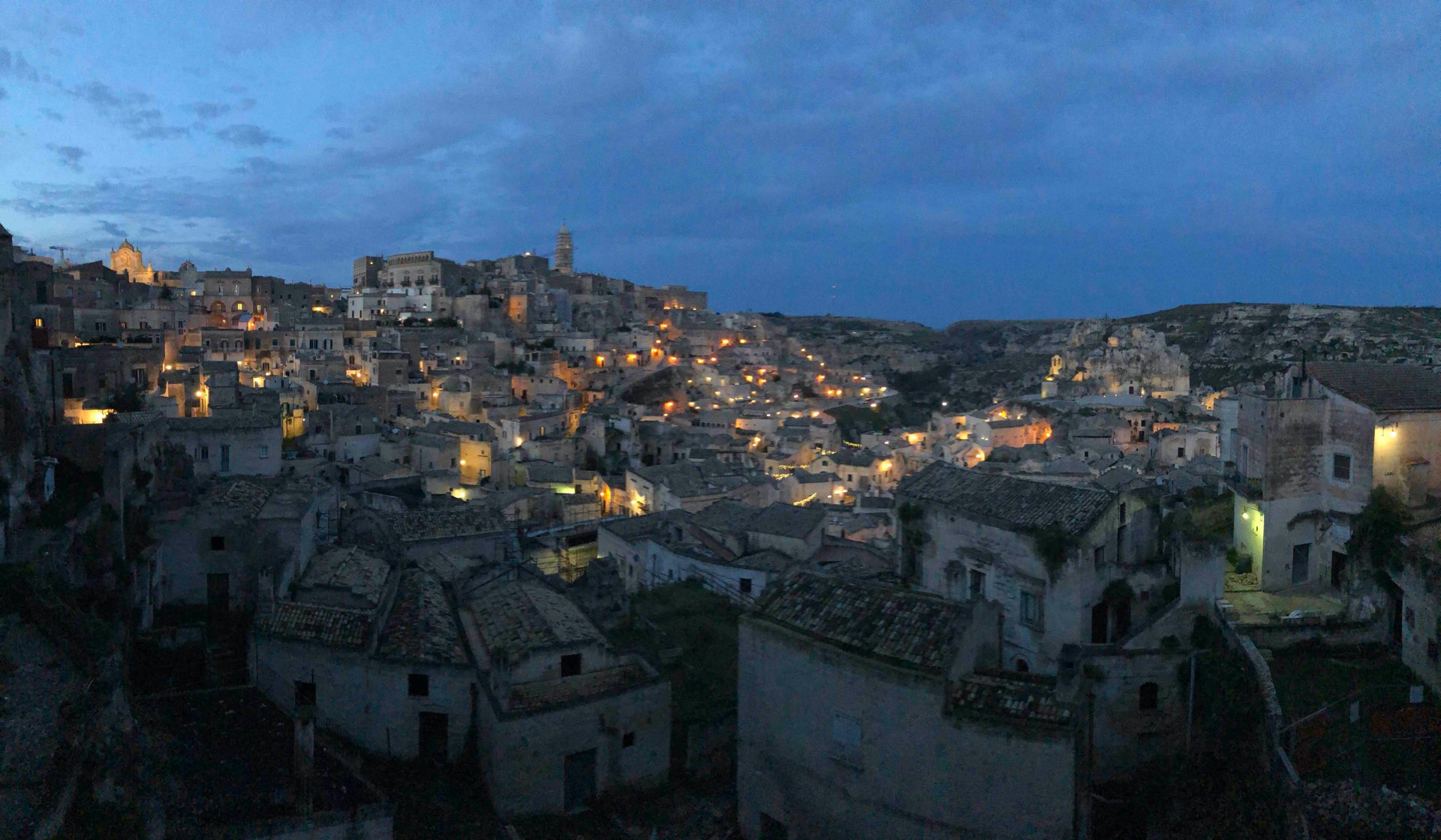 Location Matera di notte